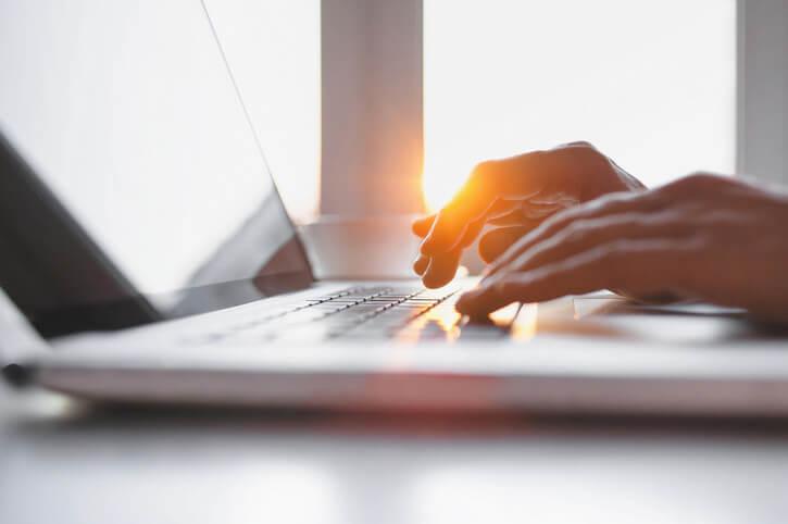 ask.fedweek.com social media plan for career