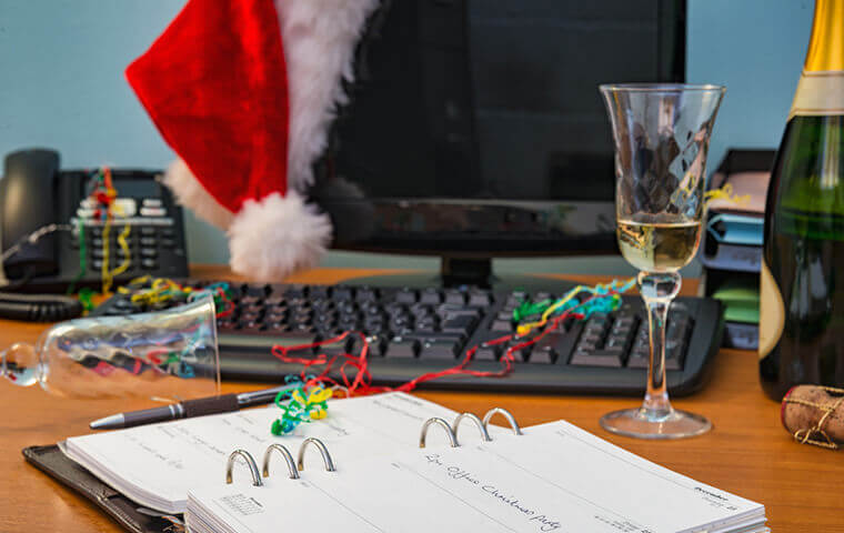ask.fedweek.com | use the holidays to land a new job
